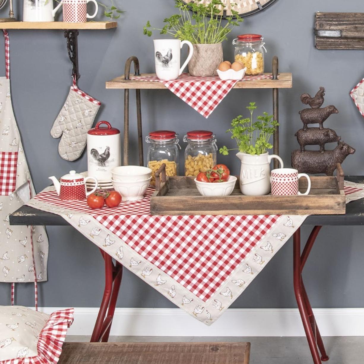 linge de table clayre en eef vichy rouge collection pâques avec poule