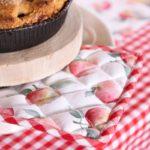 manique en coton dessin pomme vichy rouge fête des mères